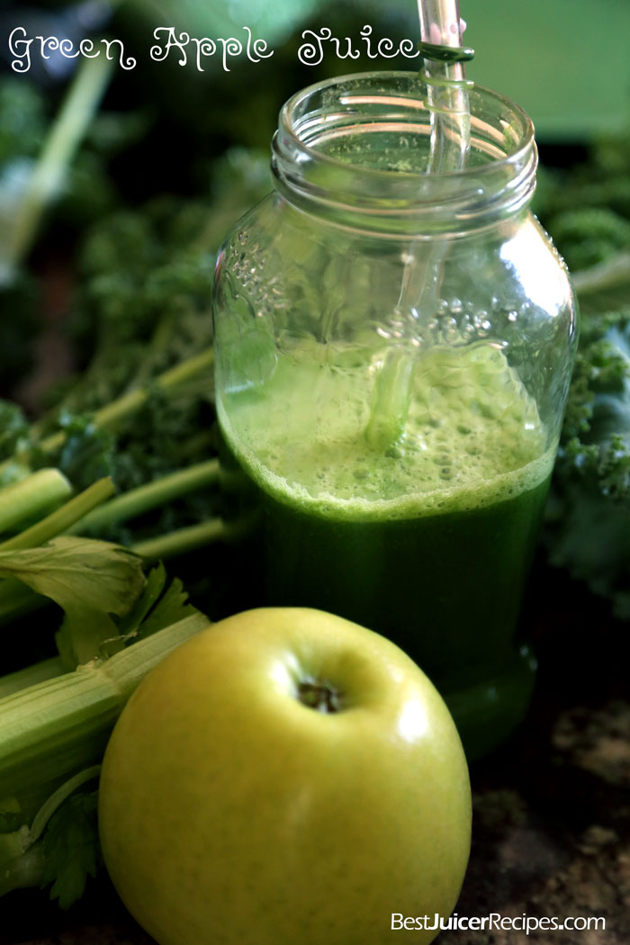 green juice with kale, parsley and apple